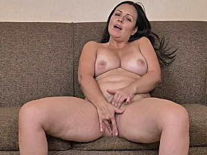 Mature Woman Fingering